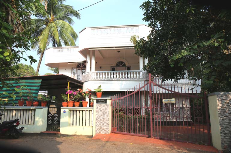 LAND AND HOUSE FOR SALE AT THRISSUR