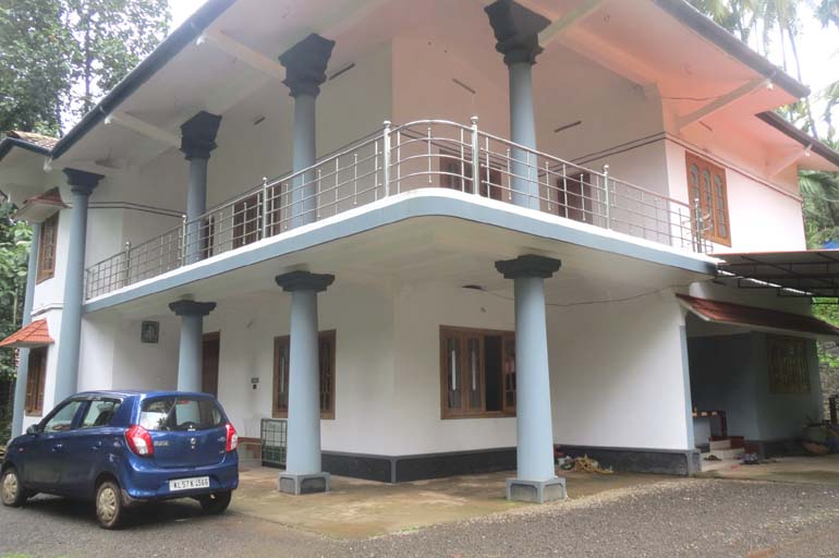 Land house for sale at Calicut