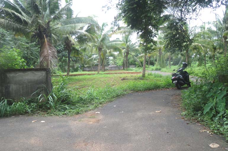 Land for sale at peramangalam, Thrissur