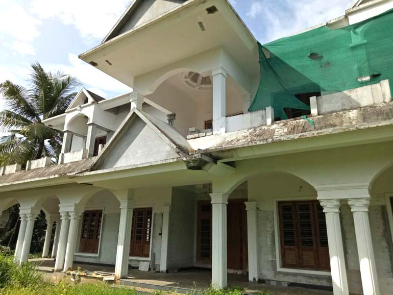 POSH HOUSE FOR SALE AT THRISSUR