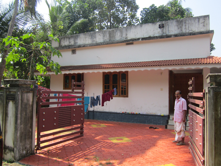 LAND AND HOUSE FOR SALE AT OTTAPALAM