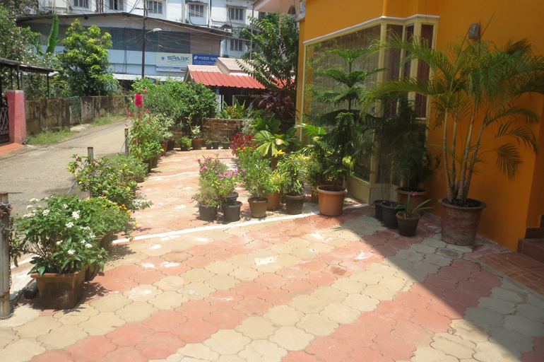 1660 sqft. 3 bedroom flat for sale at Thrissur Town.
