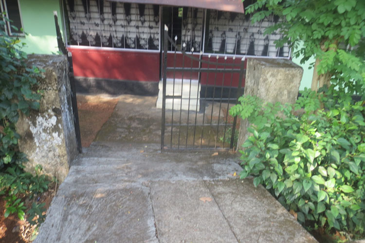 LAND AND HOUSE FOR SALE AT PERAMANGALAM